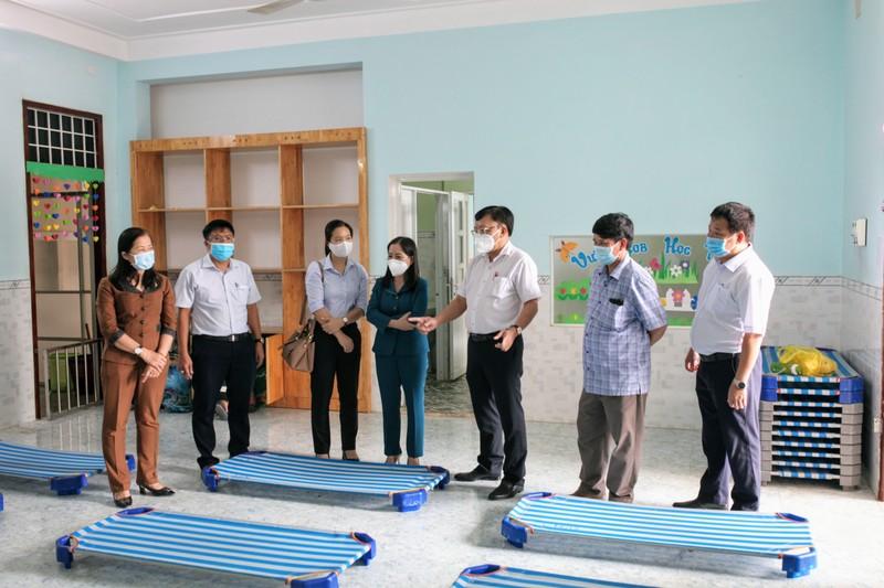 Ninh Thuận: Đón gần 250 người bị mắc kẹt tại TP.HCM về quê - ảnh 2