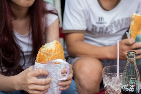 Vì sao bánh mì Sài Gòn lên báo Mỹ 4