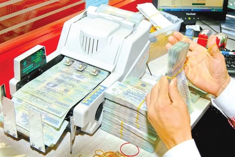 Tranh luận việc ngân hàng chuyển thông tin tài khoản cho thuế - ảnh 2