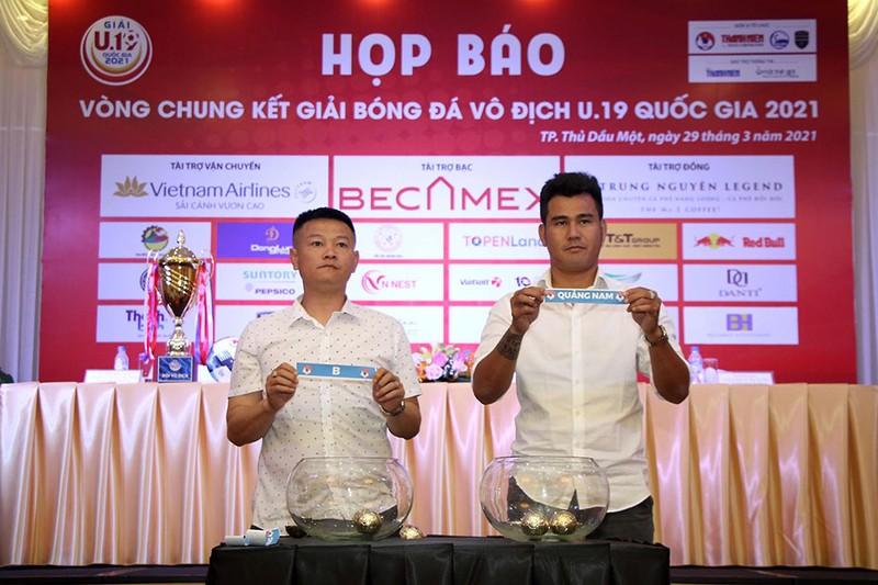 Khai mạc giải U-19: Các ứng viên chen chúc trong bảng A - ảnh 1