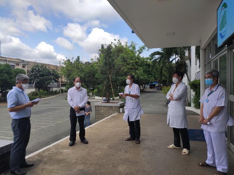 Giám đốc Bệnh viện Bệnh Nhiệt đới TP.HCM: 'Chúng tôi ổn'! - ảnh 3