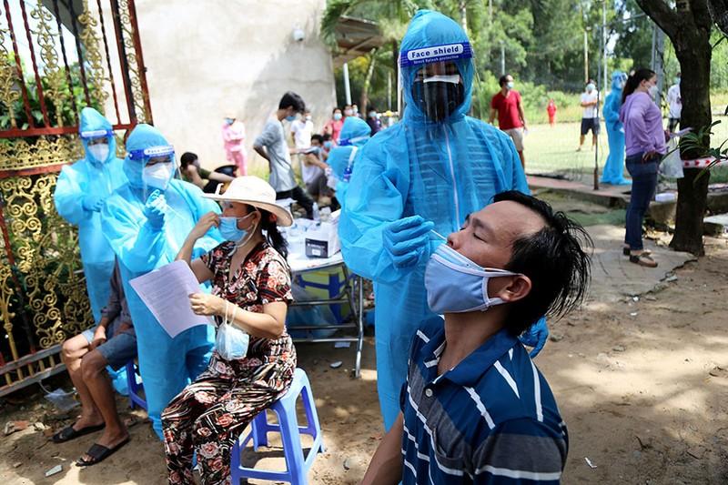 TP.HCM: Quận 11 tăng tốc để 'chuyển hóa vùng xanh vaccine' - ảnh 2