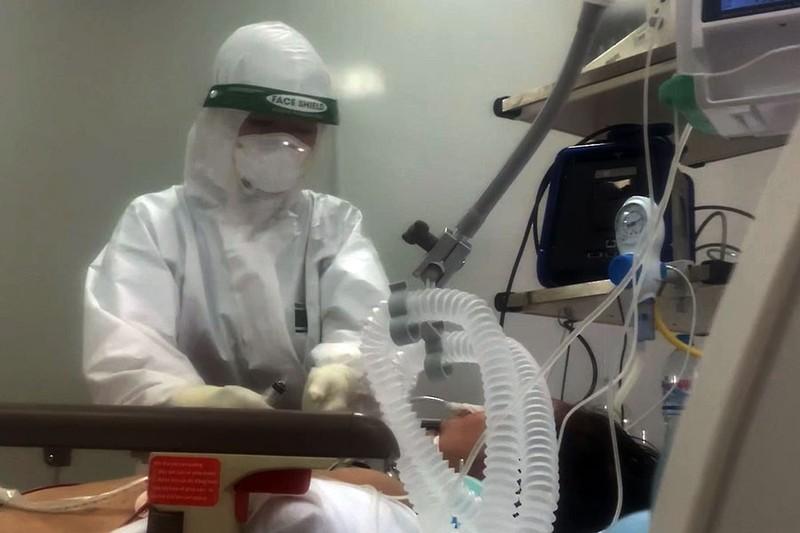 Bình Dương, Đồng Nai thiếu vaccine và nhân lực y tế - ảnh 1
