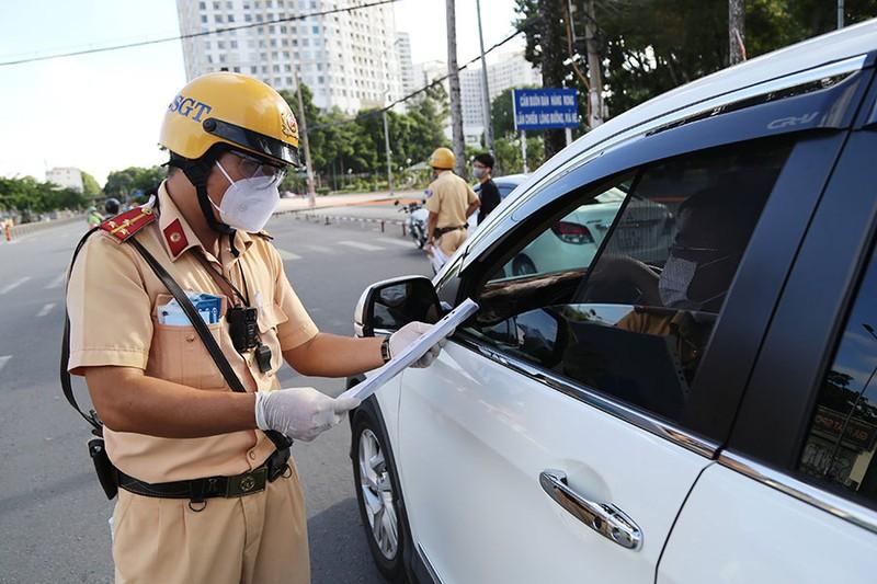 Đề xuất tăng mức phạt vi phạm giao thông gấp 10 lần - ảnh 1