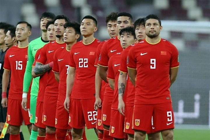 Chi tiền rất nhiều nhưng bóng đá Trung Quốc vẫn cứ ì ạch - ảnh 1