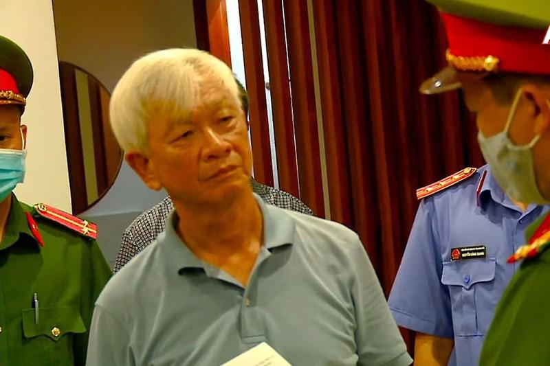 Cựu chủ tịch Khánh Hòa bị cáo buộc gây thất thoát tài sản nhà nước - ảnh 2