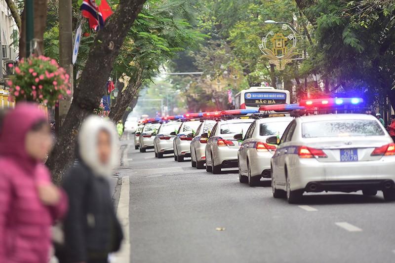Dàn xe 'khủng' công an Hà Nội bảo vệ hội nghị Mỹ - Triều - ảnh 2