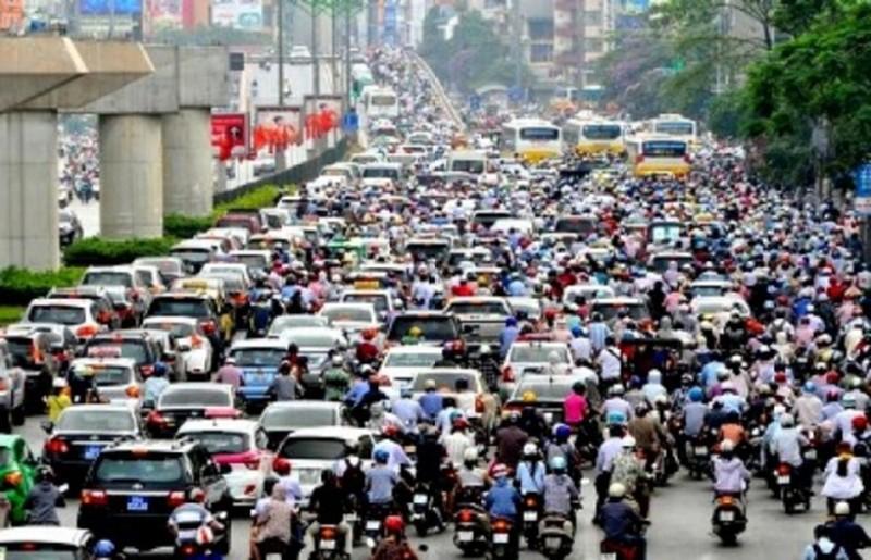 Hà Nội dự kiến cấm xe máy vào tuyến phố đầu tiên  - ảnh 1