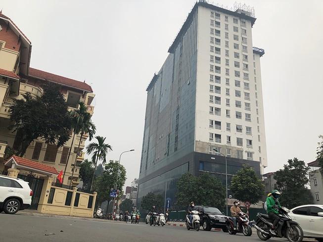 Quận Ba Đình đề xuất mời quân đội vào xử lý nhà 8B Lê Trực - ảnh 3
