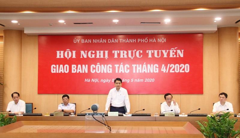 Chủ tịch Hà Nội: Có phó phòng 'om' hồ sơ doanh nghiệp 8 tháng - ảnh 1