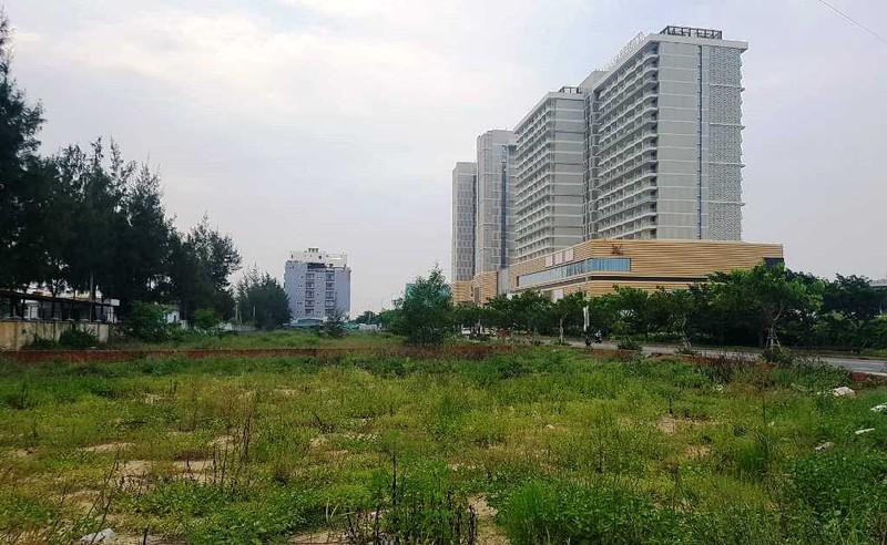 Bộ TN&MT nói về việc người Trung Quốc thâu tóm đất trọng yếu - ảnh 1