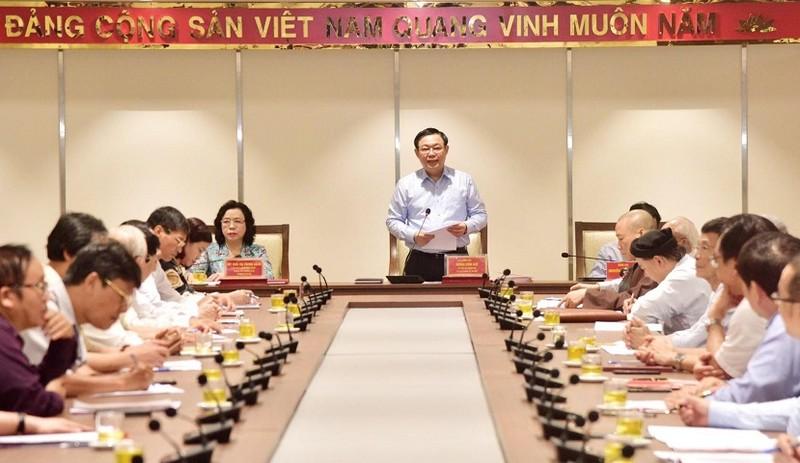 Giới trí thức góp ý cho dự thảo văn kiện ĐH Đảng bộ Hà Nội - ảnh 1