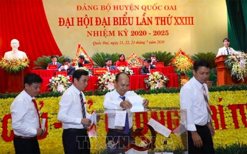 Hà Nội: 1 chủ tịch huyện rớt ban chấp hành Đảng bộ - ảnh 1
