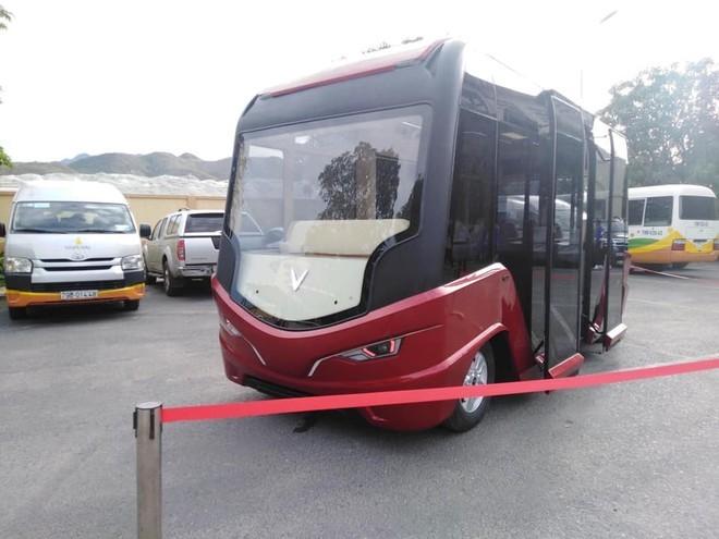 Hà Nội nghiên cứu mở 10 tuyến xe buýt điện - ảnh 1