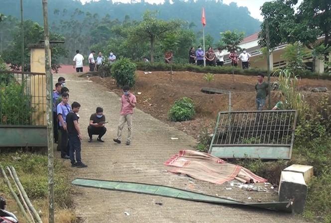 Bộ Xây dựng lên tiếng vụ 3 học sinh chết do sập cổng trường - ảnh 1