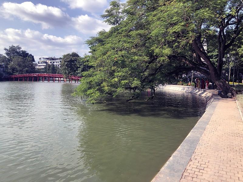 Hồ Gươm thay bộ áo mới sau 10 năm thai nghén, 5 tháng thi công - ảnh 5