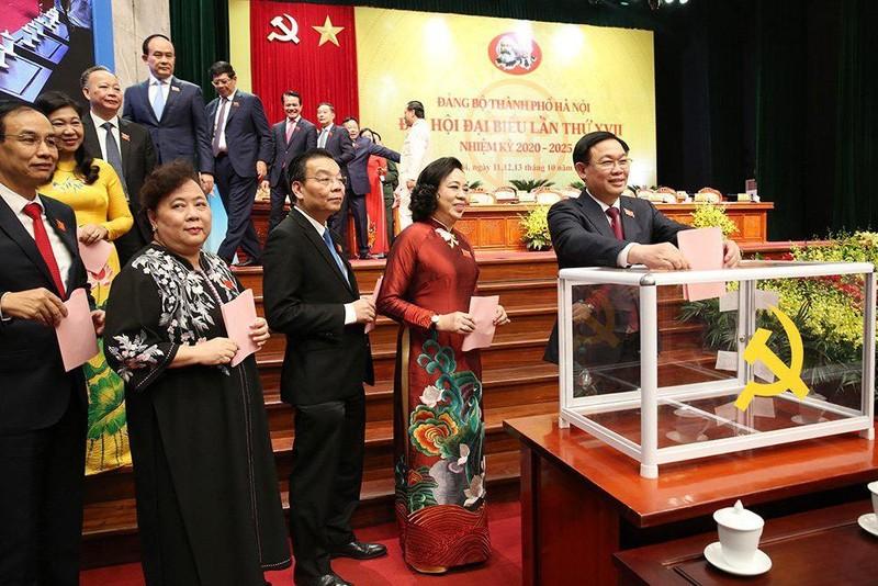 Ông Vương Đình Huệ được 100% phiếu bầu Bí thư TP Hà Nội - ảnh 1