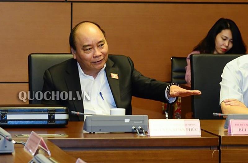 Thủ tướng, các Bộ trưởng nói về lý do sạt lở ở miền Trung - ảnh 1