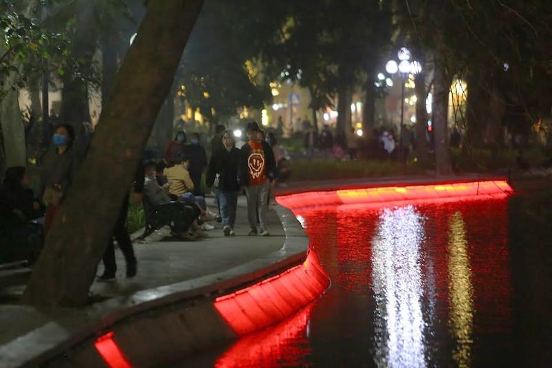 Hồ Gươm lung linh với dàn đèn LED mới - ảnh 5