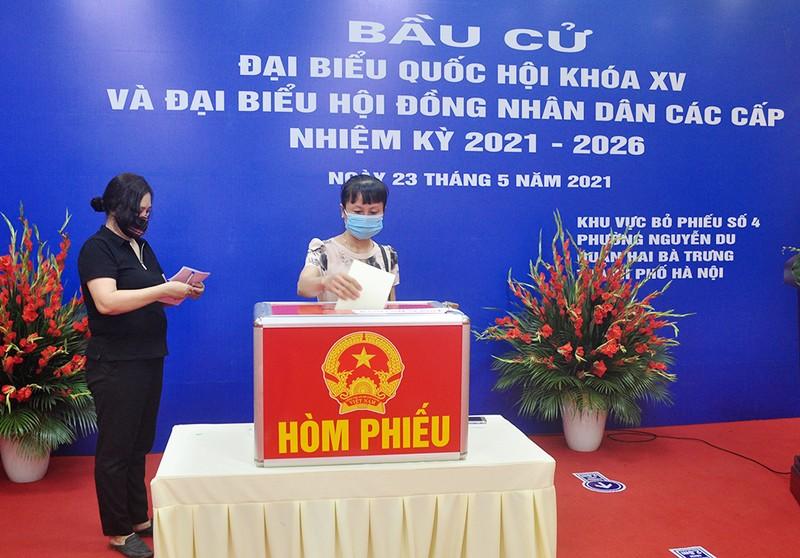 Hà Nội đúc kết kinh nghiệm cuộc bầu cử nhiệm kỳ 2021-2026 - ảnh 1
