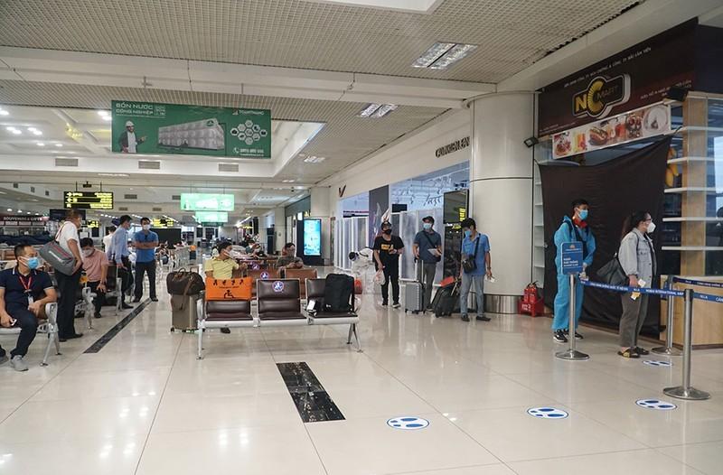 Công văn hoả tốc về cách ly tại nhà với hành khách bay từ TP.HCM về Hà Nội - ảnh 1