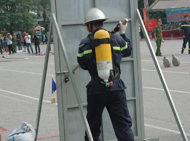 Những màn dập lửa mãn nhãn của Cảnh sát PCCC Hà Nội - ảnh 7