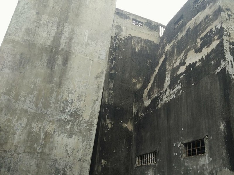 Hà Nội: Khiếp vía ngôi nhà nghiêng... 60 cm chờ đổ sập - ảnh 3