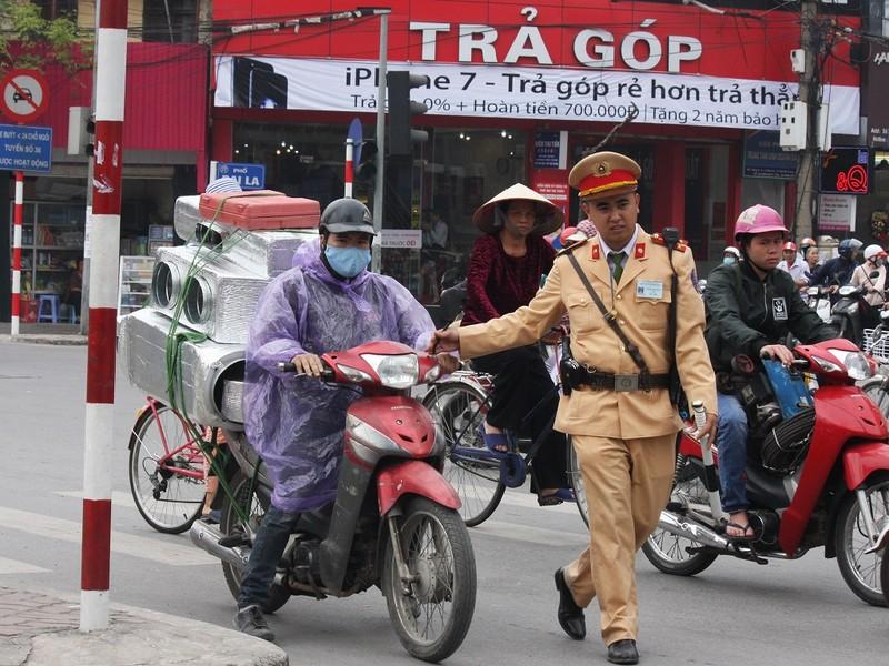 Hà Nội: CSGT sẵn sàng phòng chống khủng bố - ảnh 1