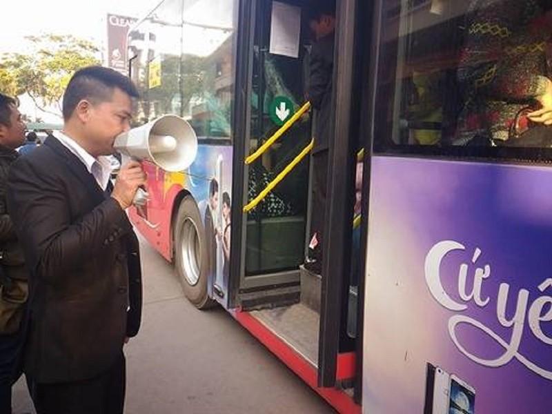 """Dời hành khách bị """"bỏ rơi"""" sang BX Giáp Bát  - ảnh 6"""