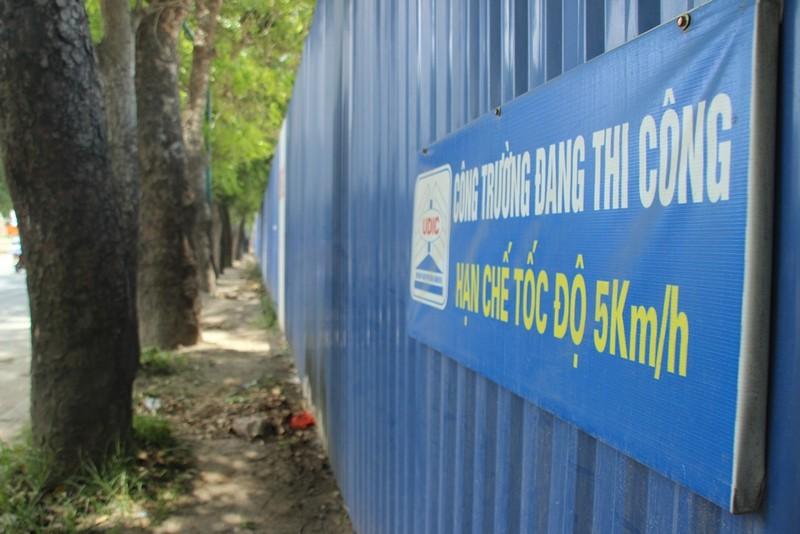 Chặt 1.300 cây trên đường Phạm Văn Đồng để mở đường - ảnh 9