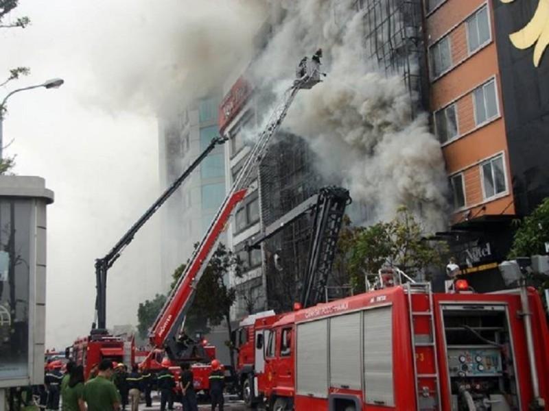 Cháy 13 người chết: Đề nghị truy tố 3 người - ảnh 1