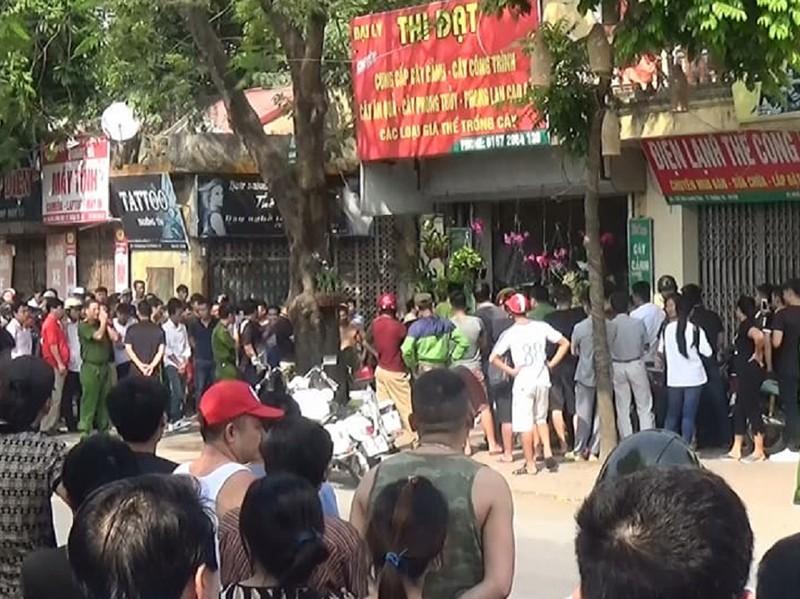 Công an Hà Nội giải cứu con tin bị gí dao, súng uy hiếp - ảnh 2