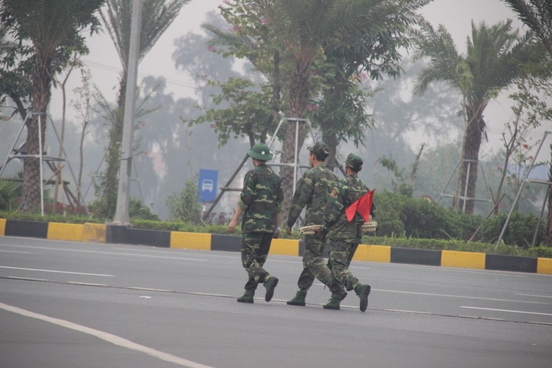 Siết chặt an ninh tại Nội Bài đón ông Tập Cận Bình  - ảnh 3