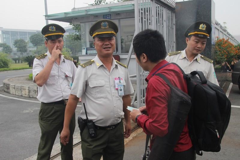 Siết chặt an ninh tại Nội Bài đón ông Tập Cận Bình  - ảnh 6