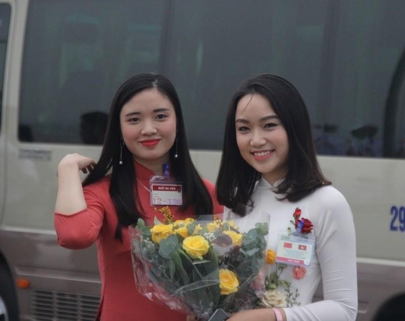 Chùm ảnh đón ông Tập Cận Bình tại sân bay Nội Bài - ảnh 13