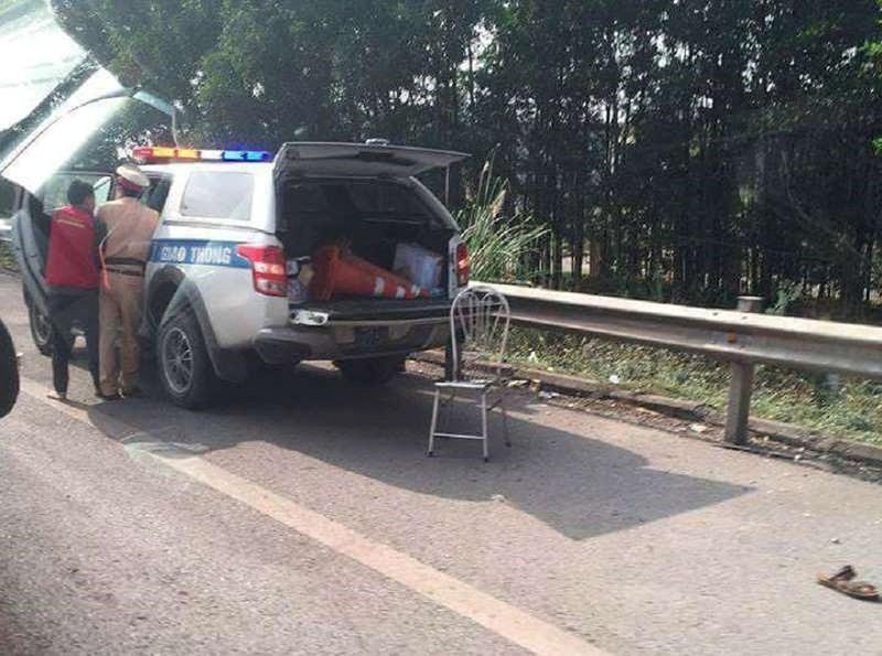 Chiến sĩ CSGT bị tông trên cao tốc đã tử vong - ảnh 1