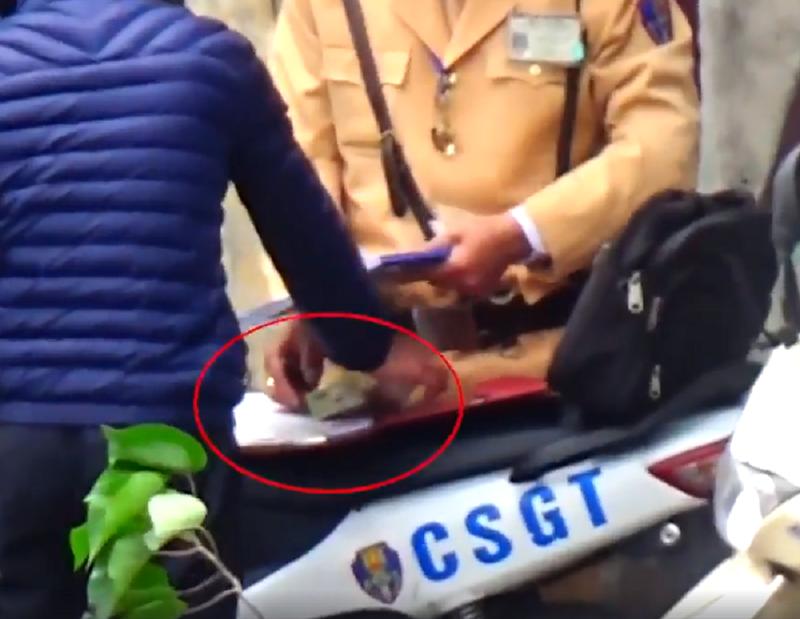 Nhiều CSGT Hà Nội bị tạm đình chỉ vì nghi mãi lộ - ảnh 2