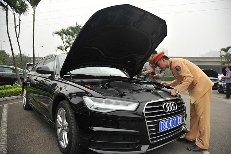 Ngắm dàn xe 'khủng' phục vụ hội nghị CLV-10 - ảnh 1
