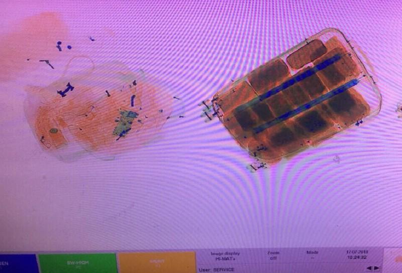 Máy quét phát hiện 25 kg ma túy đá và 52 bánh heroin - ảnh 3