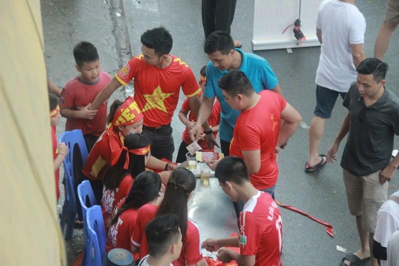 Hà Nội đã sẵn sàng 'cháy rực' cùng Olympic Việt Nam - ảnh 3