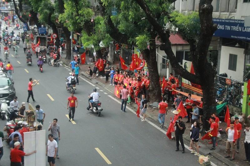 Hà Nội đã sẵn sàng 'cháy rực' cùng Olympic Việt Nam - ảnh 4