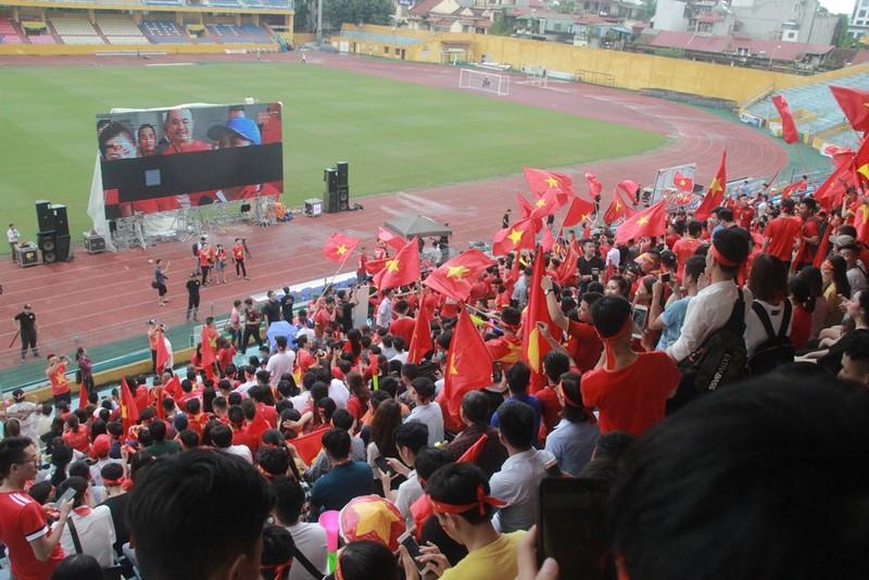 Hà Nội đã sẵn sàng 'cháy rực' cùng Olympic Việt Nam - ảnh 7