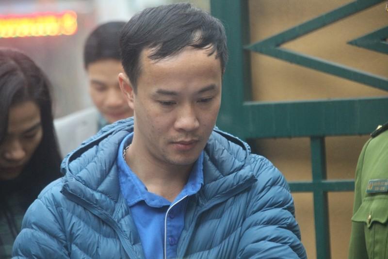An ninh nghiêm ngặt tại phiên xử bác sĩ Hoàng Công Lương - ảnh 7