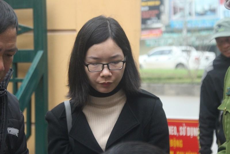 An ninh nghiêm ngặt tại phiên xử bác sĩ Hoàng Công Lương - ảnh 8