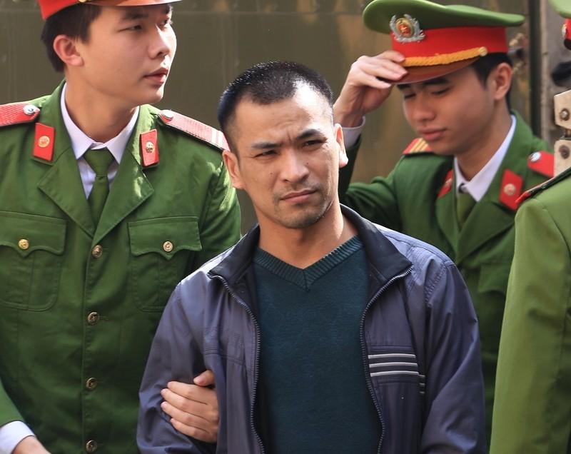 Hoàng Công Lương: Luật sư khiến bị cáo thấy 'bị xúc phạm' - ảnh 2