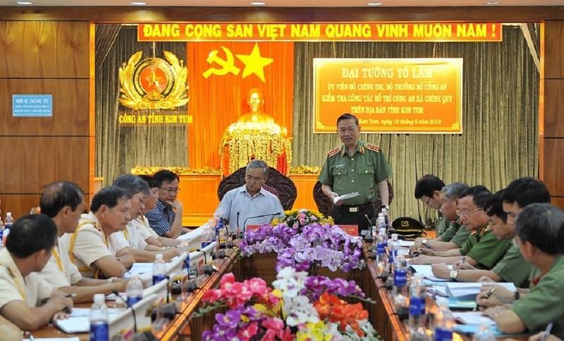 Bộ trưởng Tô Lâm làm việc với Kon Tum về chính quy công an xã - ảnh 2