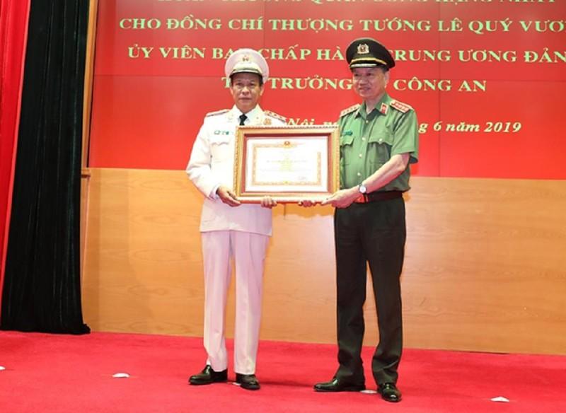 Giám đốc Công an Sơn La được phong tặng danh hiệu Anh hùng - ảnh 1