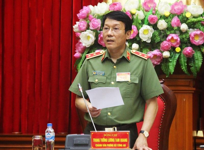 Bộ Công an: Xăng giả của Trịnh Sướng có thể gây hỏng xe - ảnh 1