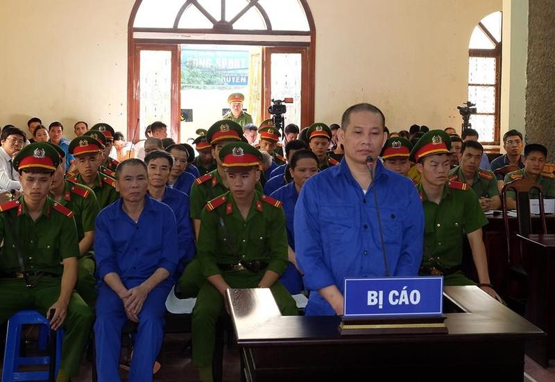 Dàn cựu lãnh đạo tỉnh Sơn La hầu tòa - ảnh 1