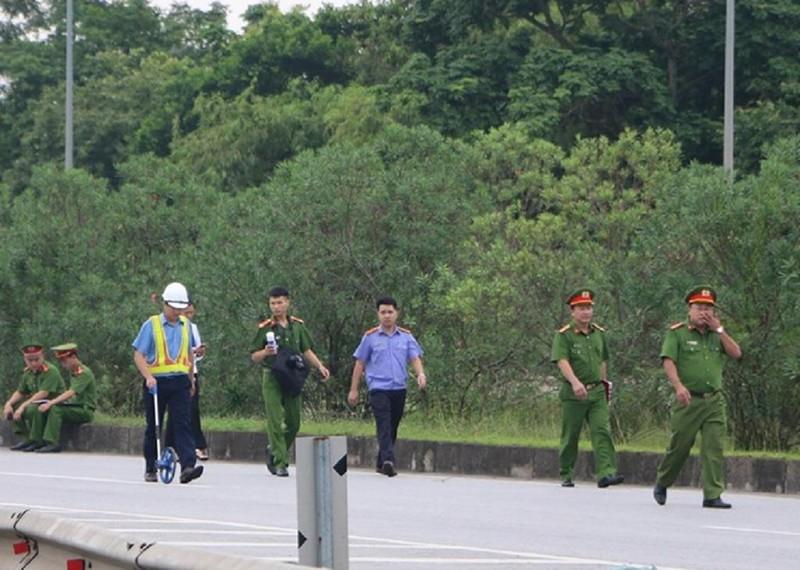 Toàn cảnh thực nghiệm vụ xe Innova lùi cao tốc 4 người chết - ảnh 5